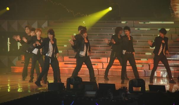 2-090918-super-show-ii-super-junior-hong-kong-51