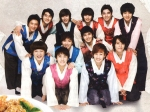 sj-wearing-hanbok-for-kyochon-chicken-cf